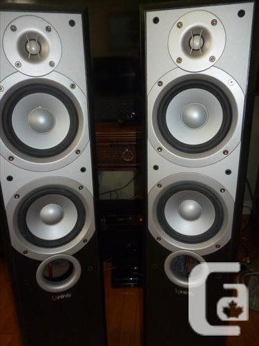 INFINITY Primus 250 Tower Speakers -like new!