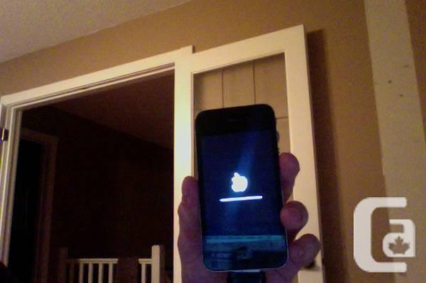 IPhone 4 - condition - $250