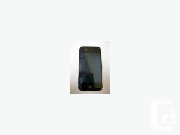 Iphone 4s, great condition, locked to bell (WORKS WITH
