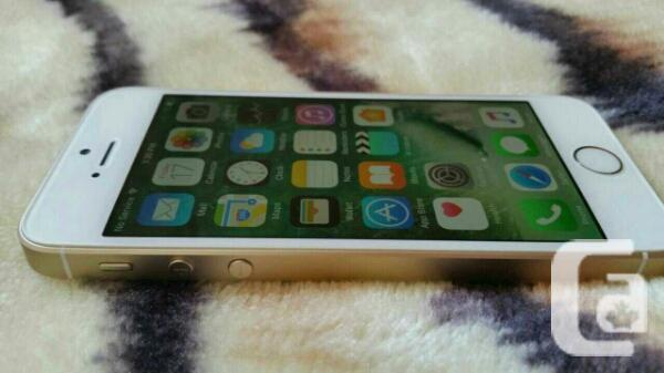 IPHONE SE BRAND NEW CONDITION WITH APPLE CARE