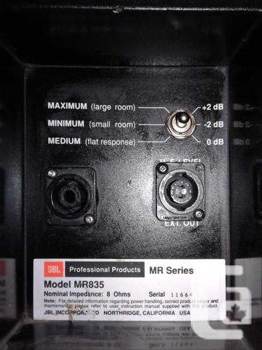 JBL MR835 PA speakers, 1000 Watt peak, Passive 8 Ohms in Victoria, British  Columbia for sale