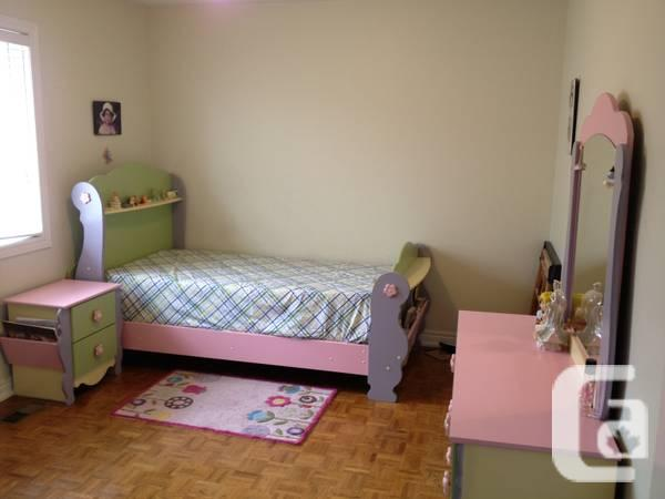 Kids bed room set from Ashley for sale - $900