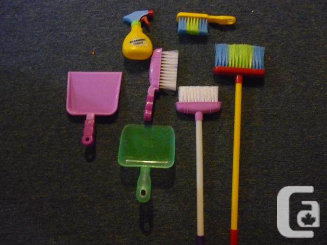 Kids Cleaning Toys inc. brooms, sweepers, dust pans,