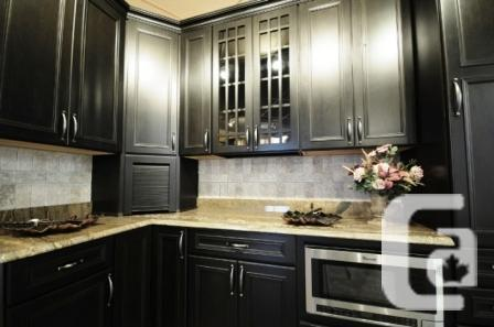 Kitchen Cabinets Surrey BC - Custom Kitchen Cabinets