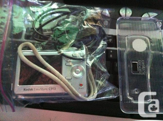 Kodak EasyShare C913 / 9.2MP/SD card/batteries