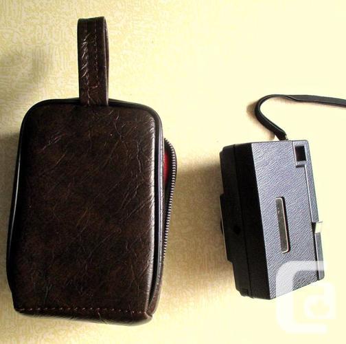 Kodak Instamatic X-15 Color Camera with case