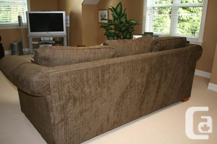 La z boy sofa bed for sale in telegraph cove british for Couch sofa for sale bc
