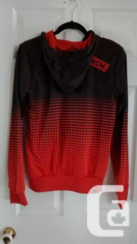 Ladies BENCH Hoodie - Size Medium
