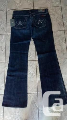 Ladies Brand New 7 For All Mankind Jeans - Size 31