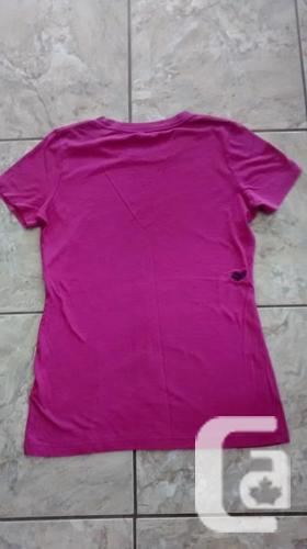 Ladies Pink Fox T-Shirt - Size Small