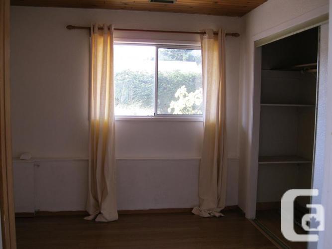 Large 2 BR Ground Floor Suite
