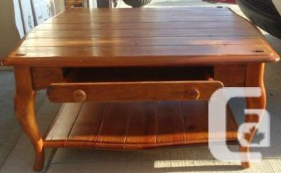 Large square coffee table rustic look for sale in regina for Coffee tables regina