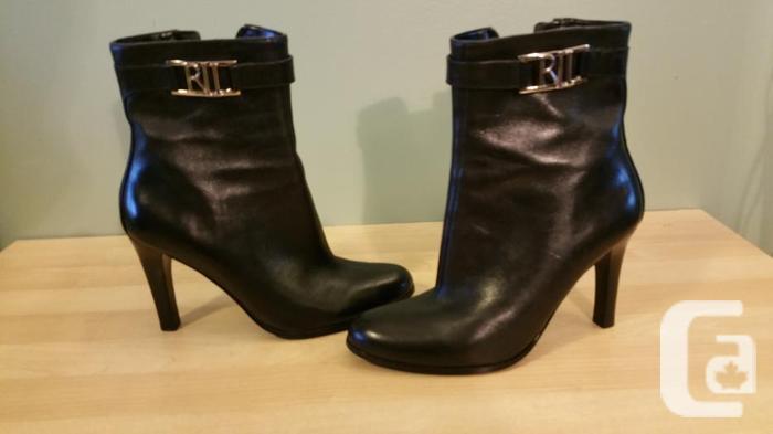 Lauren by Ralph Laurent Black leather boots