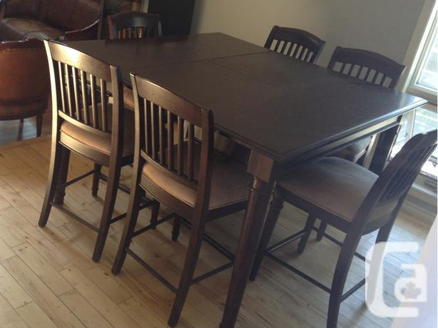 Lazy Boy Solid Wood Table and 6 Chairs