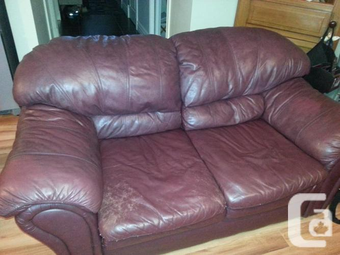 Leather sofas that are full