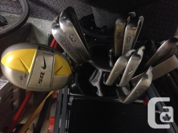 Left-handed golf set NIKE - $250