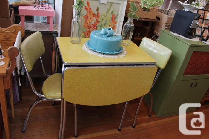 Lemon Yellow Cracked Ice Formica Table 3 Chairs At Creative