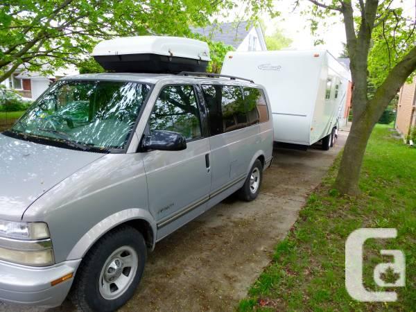 Lightweight SUV Towable Travel Trailer R Vision TS22QB