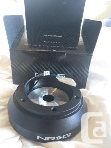 Limited Edition Steering Wheel & Short Hub Kit NRG