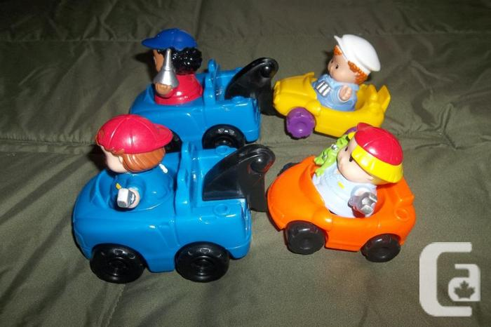 LITTLE PEOPLE tow truck,car + 3 mechanic workers and a