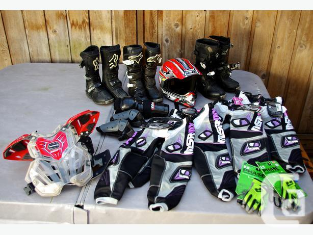 Youth Dirt Bike Boots >> Lots Of Kids Dirt Bike Gear In Lake Cowichan British Columbia For Sale