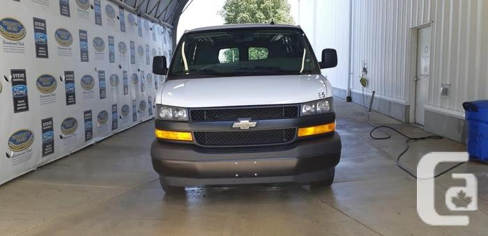 Low km Full size 2018 Chevrolet Express 2500