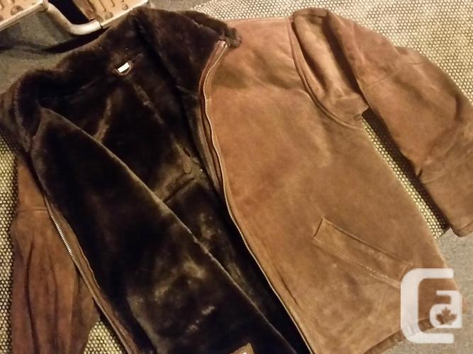 Males's Moderate Brown ACTUAL leather Coat. Barely