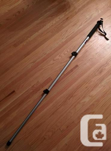 Manfrotto 681 MonoPod with Swivel Head - Excellent