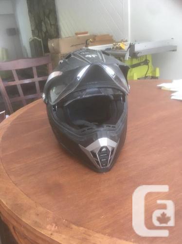 Medium Voss 600 Dually Helmet