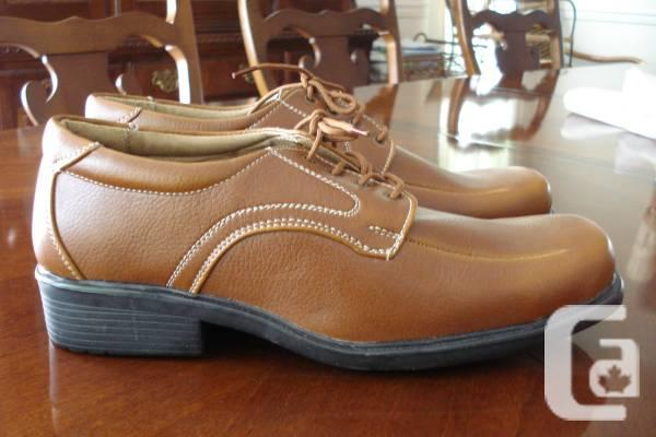 Mens Casual / Dress Shoes - Brown - Size 9 - Never Used