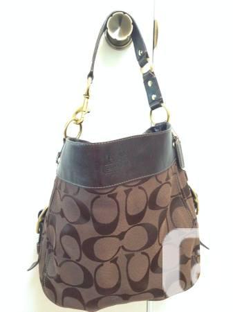 MENTOR Zoe Trademark Candy-Brown Hobo Handbag Leather