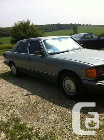 Mercedes 300 se - $3200