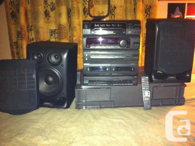 MHC -C405 HI FI Mini Component Program. 3-way speakers.