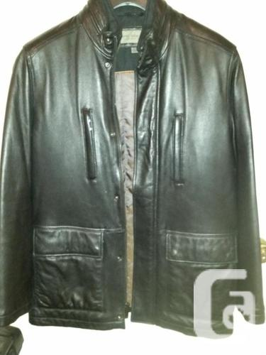 Mint Condition REAL Leather Coat. Men's Medium.