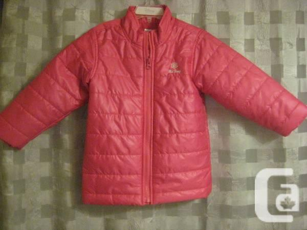 NAVY HAT Womanis RED Frost-Free Coat - 4T - $8