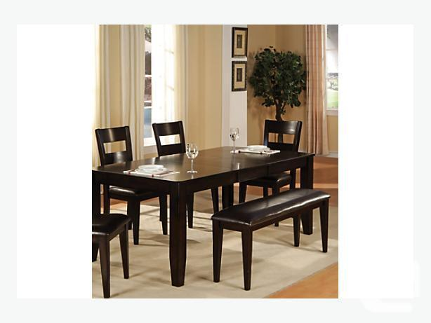 New In Presentation 6-Piece Dining Set