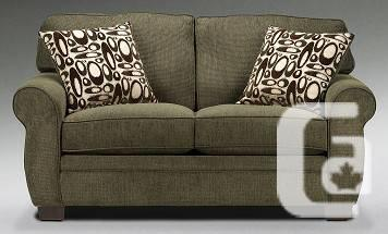 New LOVE SEAT great deal !! - $325