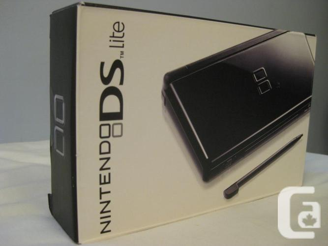 new nintendo ds lite onyx black for sale in sidney british columbia classifieds. Black Bedroom Furniture Sets. Home Design Ideas