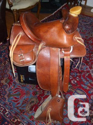 NEW - UNIQUE HORSE SADDLE