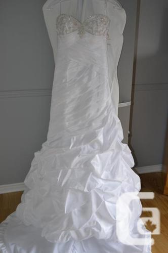 New Wedding Dress Never Worn $720  and Shoes  $30