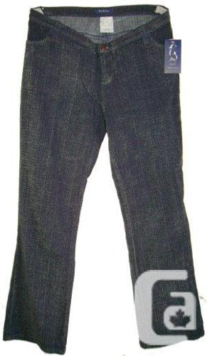 New with tags - Maternity Stretch Boucle-Like Jeans