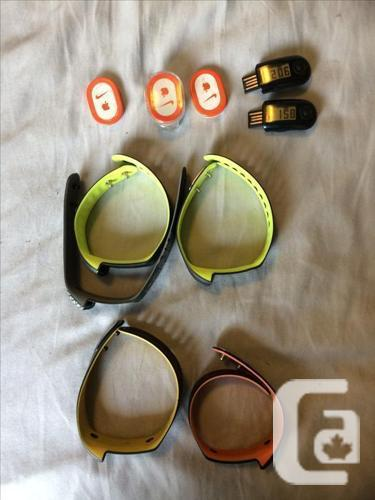 NIKE + Sportsband with extra bands and Pods