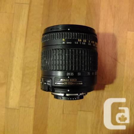 Nikon ED Lens - AF Nikkor 28-200mm 1:3.5-5.6G - $240