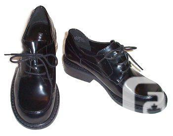 NINE Black Leather Lace-Up Oxfords - Womens 6