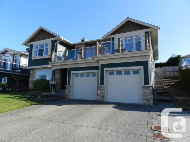 North Nanaimo Oceanview Home