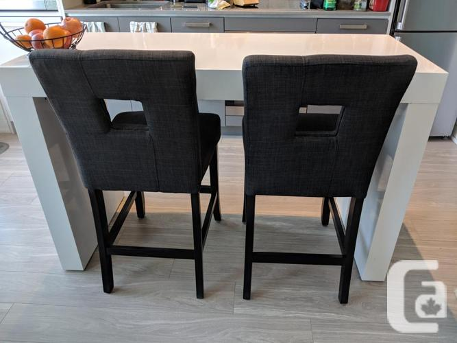 OBO - Counter-height kitchen table and 2 chairs **LOWER