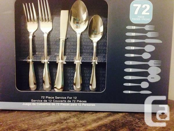 Oneida Stainless Steel Flatware Set of 72 Pieces Brand