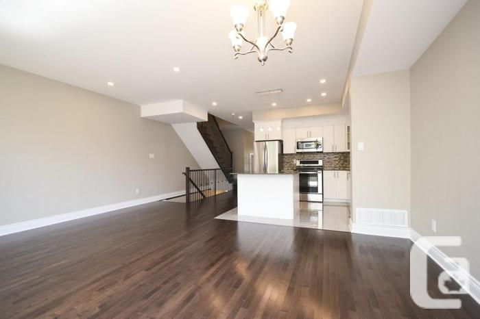 OPEN HOUSE~CONTEMPORARY LIVING @ 300 Richelieu Ave #B