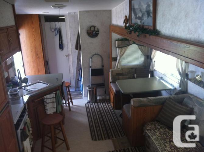 package deal truck and fifth wheel bunk house