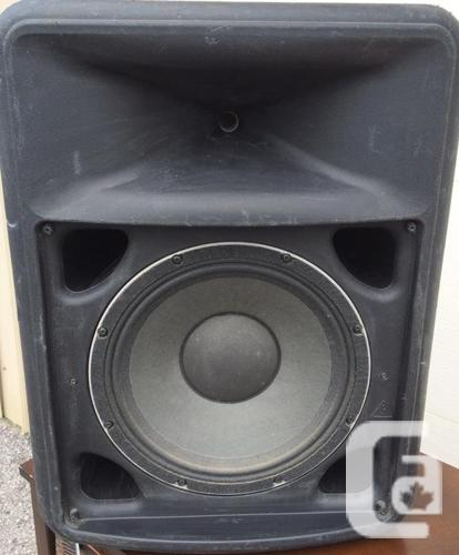 Pair of Peavey Impulse 200 300W Passive Two-Way Main PA Speakers in  Orleans, Ontario for sale